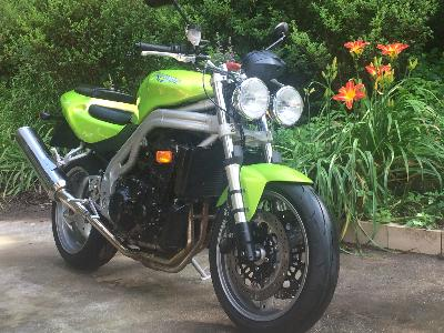 03 Triumph Speed Triple