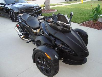 09 Can-Am Spyder Roadster SM5
