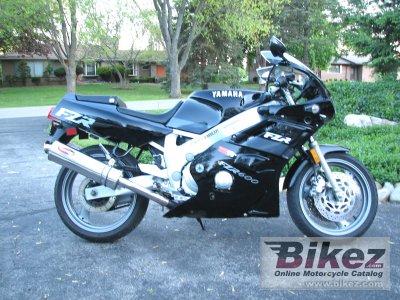 1991 Yamaha FZR 600